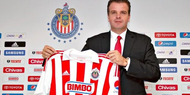 ¡Aguas Peláez! Chivas busca nuevo director deportivo y ya tienen a su primer candidato