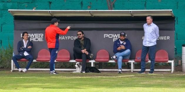 Amaury Vergara y Ricardo Peláez dijeron presente en Verde Valle en el entrenamiento de Chivas